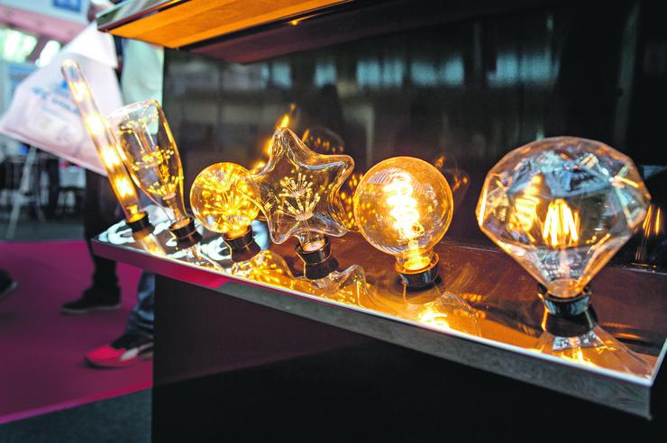 """Kompanija """"Weiss light"""" predstavila inovacije na sajmu građevinarstva: Ideje dekoratera sprovodimo u delo"""